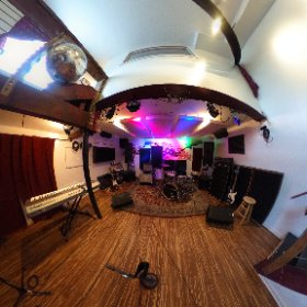 360 Photo Tour of the Live Room in The Boom Room  #recordingstudio #rehearsalstudio #philadelphia #boomroomstudios #360photo  #theta360