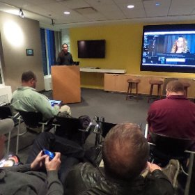 Jim Tierney of #digitalanarchy presenting on Beauty Box at #CHICPUG Chicago Creative Pro User Group. #360photo  #theta360