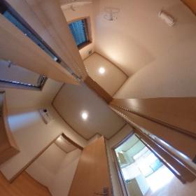 ウエーブハウス203 玄関・WC