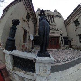 Statuie - Crematoriul Cenusa