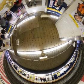 東京メトロ銀座線渋谷駅。旧ホーム最後の日。ホームからすぐ改札口とか乗車ホームと降車ホーム分かれてるとか楽しかったわ。 #渋谷駅 #theta360
