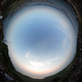 Восход солнца на потухшем вулкане Сонсан Ильчхульбон. О. Чечжудо, Ю.Корея