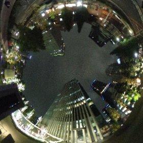 夜のデジハリ、夜景が綺麗に写りますね。 #theta360