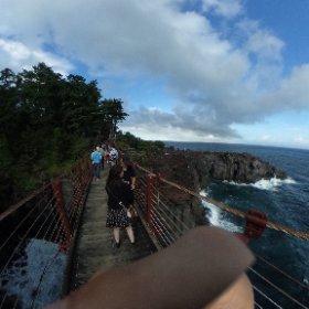 城ヶ崎の吊り橋にて #theta360
