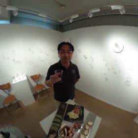 銀座ACギャラリーにて小林京和のジュエリー展にて作者の兄とシータ! #theta360