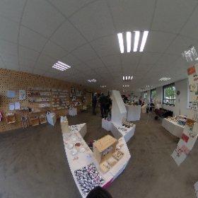 Kijkje in Made by @cibap waar producten van (oud) studenten en medewerkers worden verkocht.  #theta360