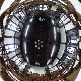 11/21に演奏会を行う千葉教会の内部です。1879年創立のプロテスタントのキリスト教会で、1975年に千葉県有形文化財に指定されたそうです。
