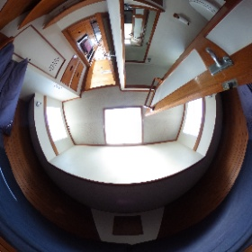 36' Grand Banks Guest Stateroom #theta360