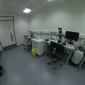 Take a tour of the @EMSTP @TheCrick - the ultramicrotomy lab