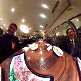 桐朋高校音楽部(ブラスバンド)の卒業生39期〜43期の縦つながりで集ってゴブランで写シータ^_^ #theta360