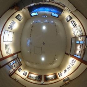 長野県安曇野市穂高有明にあるギャラリーレクランにて写真展「十人十色 15の色」第3期を開催中です♪  こちらは第4室で展示中の高野邦夫さんの作品です。  開催場所:ブレ・ノワール併設ギャラリーレクラン       長野県安曇野市穂高有明7686-1  開催期間:2019年2月7日〜2月25日まで(火、水はお休み)  開館時間:10時30分〜16時30分  #ギャラリー・レクラン #安曇野 #theta360