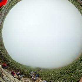 2017年三連休に谷川岳登頂にチャレンジ。残念ながら天神ザンゲ岩までしかたどり着けず。 #theta360