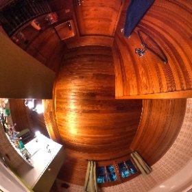 Bathroom, middle floor, www.chaletlajoux.com