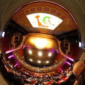 5 mars 2017 - «Poperetta» au mythique Théâtre Corona pour des extraits d'opérette. Billets gagnés grâce à l'Orchestre de Chambre de McGill et la responsable du concours(Barbara Heath Lopez) #theta360 #theta360fr