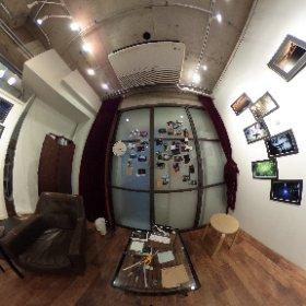 秘封倶楽部にある部室。 幻想入り展2日目。 #全日本幻想入り展