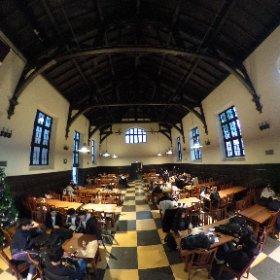 立教大学大食堂に潜入シータ。古くて暗い建物って良いですなあ。 #theta360