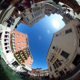 ベネチアは雰囲気がいい町並みが素晴らしい。 #theta360