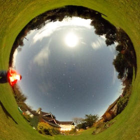 The Moon doth shine as bright as day! 30sec at ISO 800 #theta360
