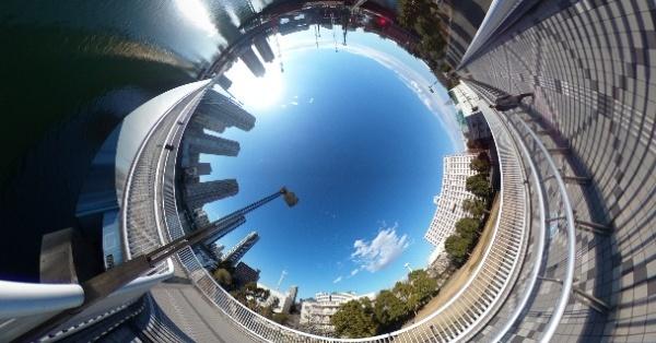 どれを買うべき?360度カメラ「RICOH THETA」シリーズ徹底比較 | Mogura VR