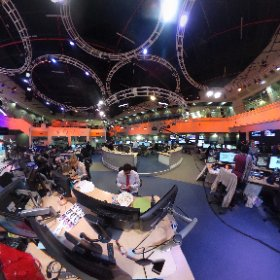 Three hours out from our U.S. election broadcast, the @AlJazeera newsroom prepares. #theta360