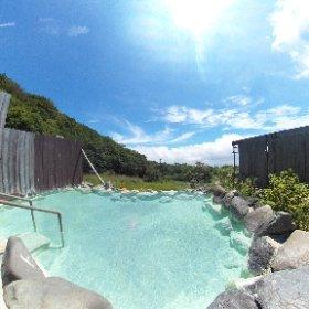 高雄温泉 おおるり山荘 露天風呂