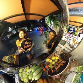 Hey Juice fresh fruit juice stall in food markets W District at BTS (skytrain) Phra Khanong Bangkok, SM hub https://goo.gl/o5z5Qm BEST HASHTAGS #HeyJuiceStall   Industry #BkkMarkets   #BtsPhraKanong   #BkkFamilyFun    #butterfly3d #theta360