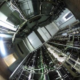 Technik aus der Vor-Handy-Ära: In dem Verstärkerraum lief das Telefonnetz zusammen. Das sind die letzten technischen Anlagen im Bunker - alles andere hat die Bundeswehr nach der Außerdienststellung mitgenommen.