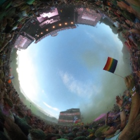 JuergenG.様「Color party at Sziget festival 2016」 The moment when you can see something again, just after all the color powder was thrown. #theta360