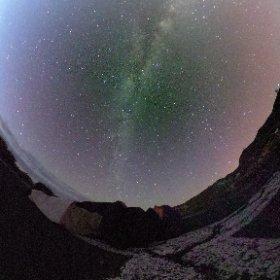El descanso del guerrero. Impresionante cielo en Roque de los Muchachos. Isla de la Palma #theta360
