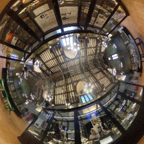 Clay Pipe and Natural Histry displays 360 video, Tate Hall Museum, VG&M 2020