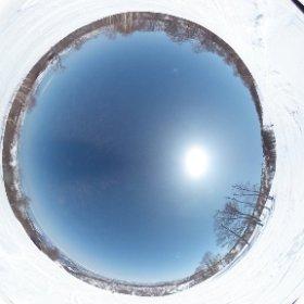 今日の野沢温泉。春の雪は足がパンパンになります(笑)