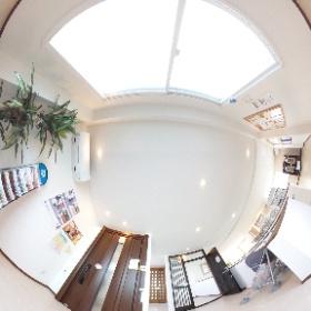 MADOショップ豊川南大通店 2階展示スペース(玄関リフォーム)です。