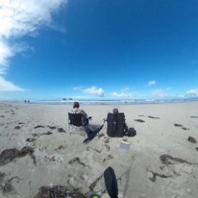 Relaxing day at Twin Rocks, OR #theta360