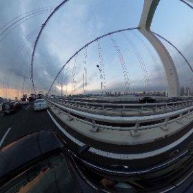 橋を渡るのに30分 #theta360