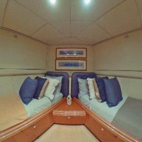 360 view 87' Oceanfsst Guest Stateroom #2 lovethatyacht.com #theta360