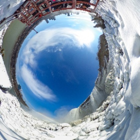 #FrozenCaveOfTheWinds #NiagaraFalls StatePark An awesome afternoon down on the Cave of the Winds deck at the base of the American Falls in Niagara Falls, NY #wonderoftheworld #iloveny #theta360