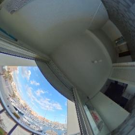 """Vue d'un appartement à la location à l'année sur les quais du Cap d'Agde . <a href=""""http://www.lecapagde.com/""""> Mon site immobilier </a> Le Cap d'agde est en France en Languedoc Roussillon, vous pouvez nous joindre au 04 67 26 18 84  #theta360 #theta360fr"""