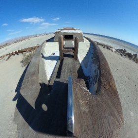 The hull of a Bombay Beach Ruins boat. #JOVRNALISM 2017 Preview. #ascj #ascj489