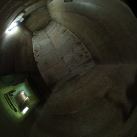 メンカウラー王ピラミッド内部