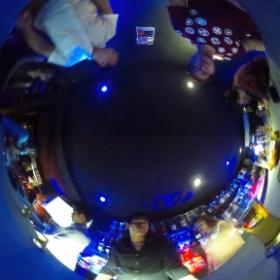 カンボジア バーWoodball 1階