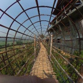 Bambus-Brücke