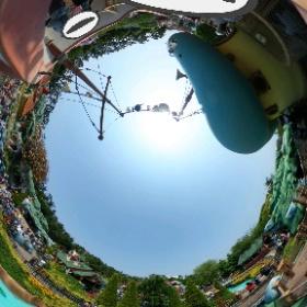 東京ディズニーランド、ドナルドのボートの上から撮影です。土日は人多過ぎでした…。 #theta360