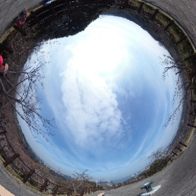 8. 塚山公園にて。 #theta360