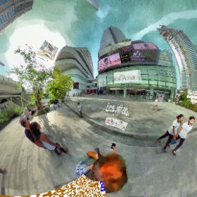 The Helix food court atrium at Emquartier label shopping complex at BTS skytrain station Phrom Pong, SM hub https://goo.gl/XStBJP  BEST HASHTAGS #HelixFoodCourt   #Emquartier #BkkFoodCourt   #butterfly3d