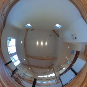 ナチュレ警弥郷 外断熱の家2号地 広々30畳の2階LDK ダイニング側より 2階なのでプライバシーが守られ快適な空間です。 この開放的な空間が12畳用のエアコン1台で快適に暮らせます。 それは、住み心地を第一に考えてつくった外断熱二重通気工法の家だからです。 #外断熱の家#ソーラーサーキットの家#福建住宅株式会社#住み心地いい家#冬あたたかい家#ナチュレ警弥郷 外断熱の家2号地