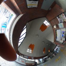 新逗子駅、南口改札@逗子  ドイツ式カイロプラクティック逗子整体院です。 www.zushi-seitai.com  #theta360
