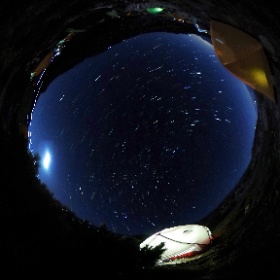 紅葉の木曽駒ケ岳 頂上テント場の夜 20分のインターバル構成撮影してみました #theta360