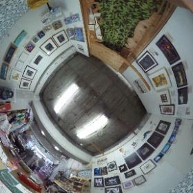 20170921第4回まち中つながる展示会、近隣のカフェや雑貨屋さんなどに展示される前の、全作品が一同に見られる合同展示の様子。合同展示は東京都豊島区東長崎Planet handで10/1まで。