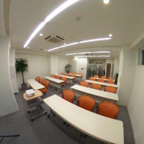BIZ SHARE 渋谷セミナールーム‼️ オフィスナビ渋谷支店同ビル4階に 約30名収容可能なセミナールームがOPEN レイアウト次第で使い方の幅も広がります^ ^ #theta360