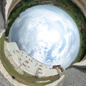 Cetatea Feldioara proaspat restaurata